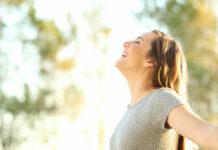 woman-smiling-in-sun